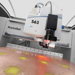 ProtoMat S63 vid verktygsbyte