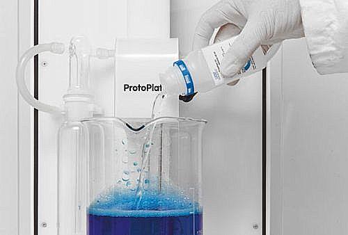 LPKF ProtoPlate LDS metallisering: 2. Metallisering startas med aktivator.